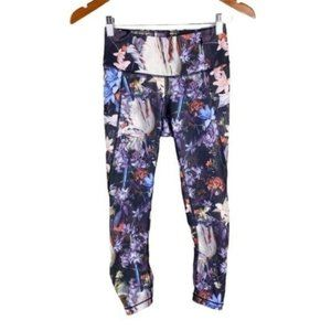 Calia Carrie Underwood colorful floral ruched Capri leggings women's size xs